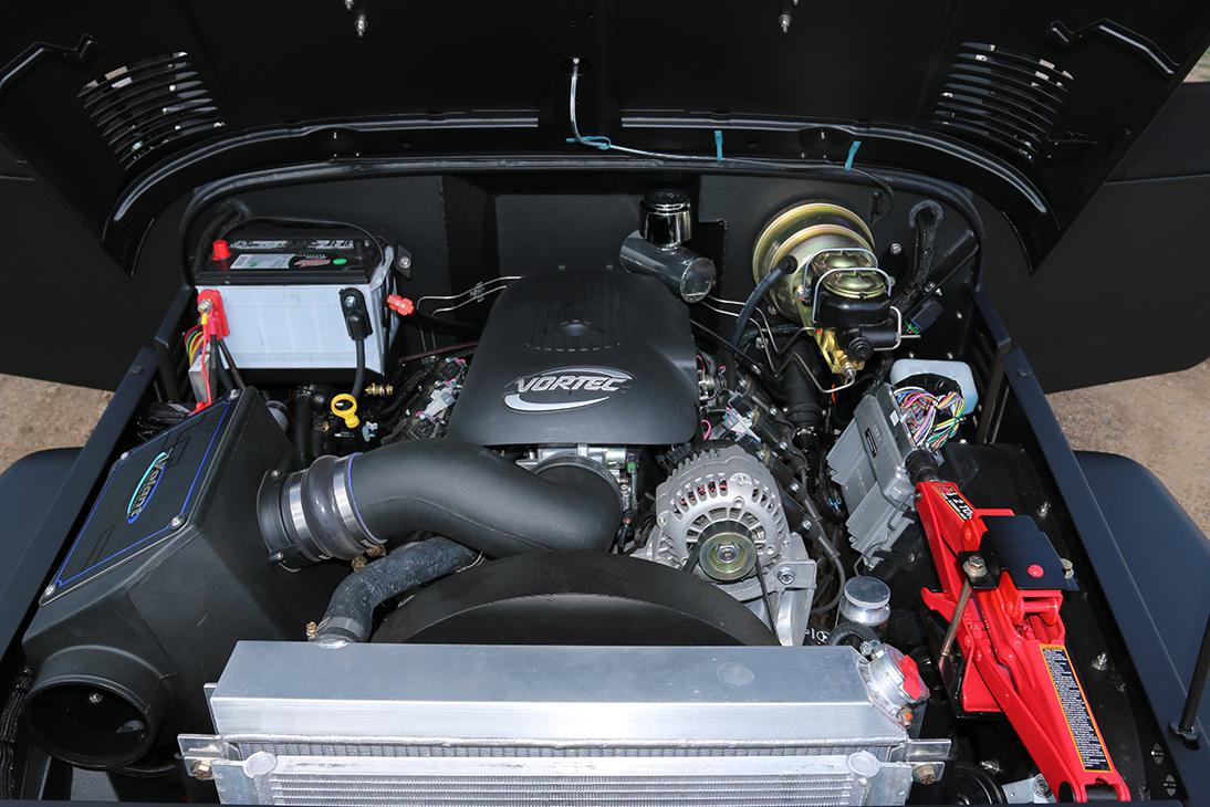 Reliable, light and powerful GM LS generation aluminum fuel injected 5.7 engines, available with either 390HP or 450HP output. Universal parts availability and easy to service.
