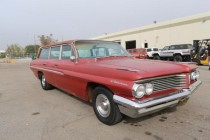 1962 Pontiac Catalina Safari Wagon! 3